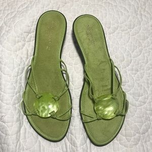 Nine West Green Slip-on Sandals Size 7.5